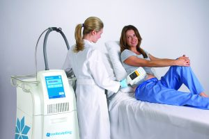 coolsculpt treatment woman